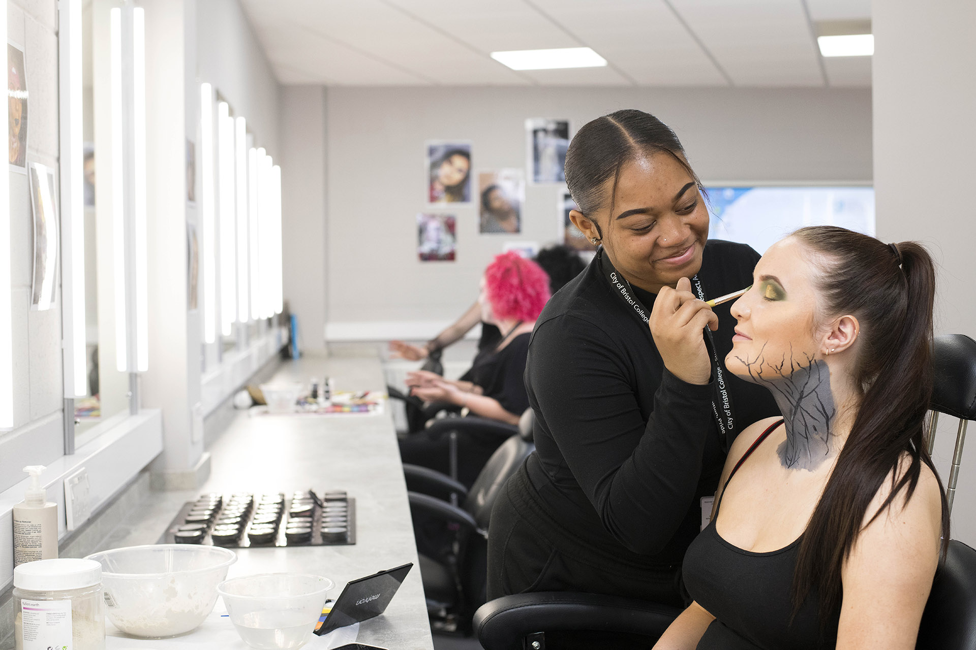 Media Make-Up Students