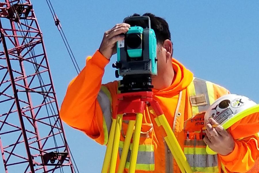 Surveying using optical level
